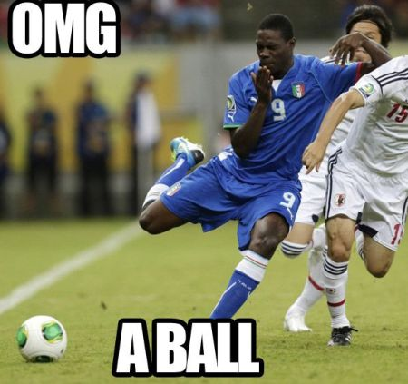 Funny  football/soccer meme -  Omg a ball