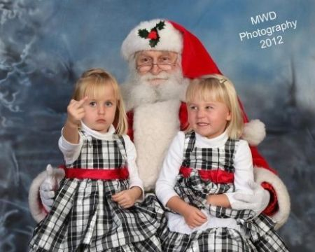 Christmas picture fail at PMSLweb.com