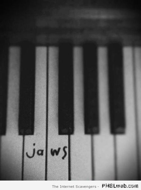 Funny jaws musical notes at PMSLweb.com