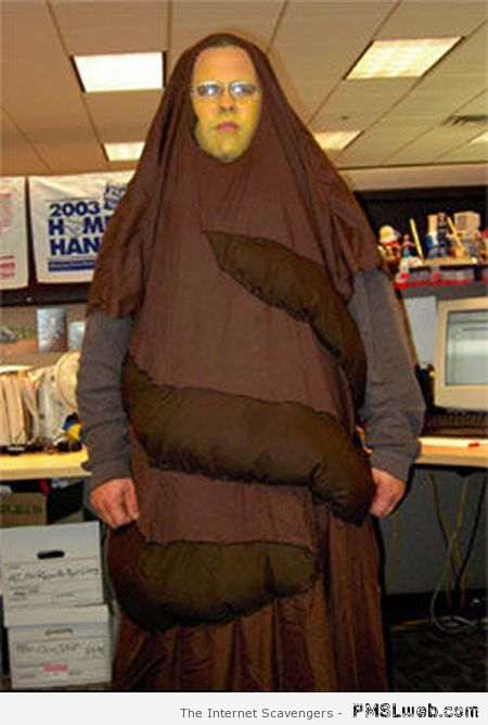 Pooman costume fail at PMSLweb.com