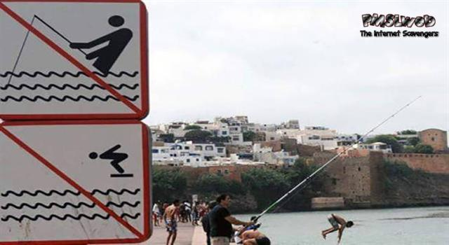 Funny don't dive sign fail @PMSLweb.com