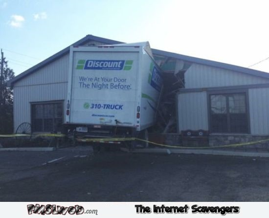 Funny delivery truck fail @PMSLweb.com