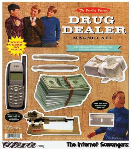 Drug dealer magnet set toy fail