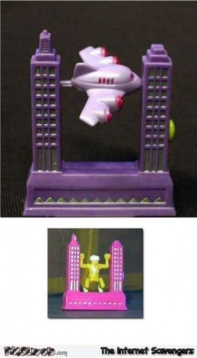 Twin towers toy fail