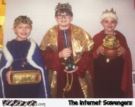 Funny Christmas three wise men costume fail @PMSLweb.com
